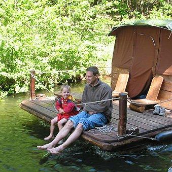 Entspannter Urlaub für Vater und Sohn
