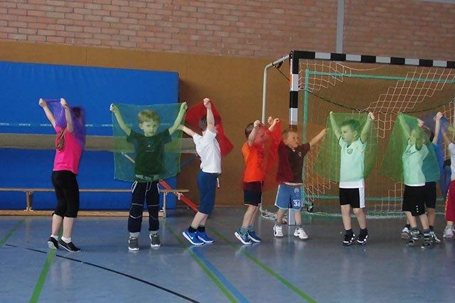 echt sportlich - Kinderturnen - Herbstblätter