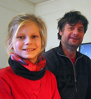 Josefine mit Musiklehrer Guido Käpernick