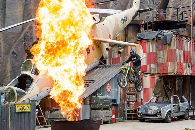 Filmpark Babelsberg - Stuntshow im Vulkan