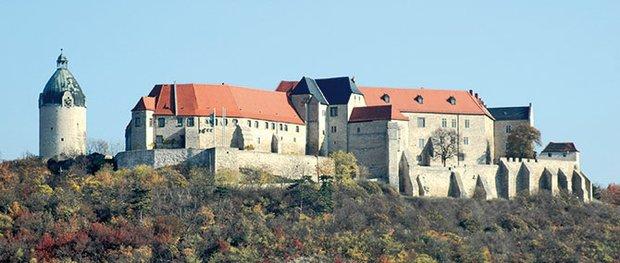 Hoch über der Unstrut- Schloss Neuenburg bei Freyburg
