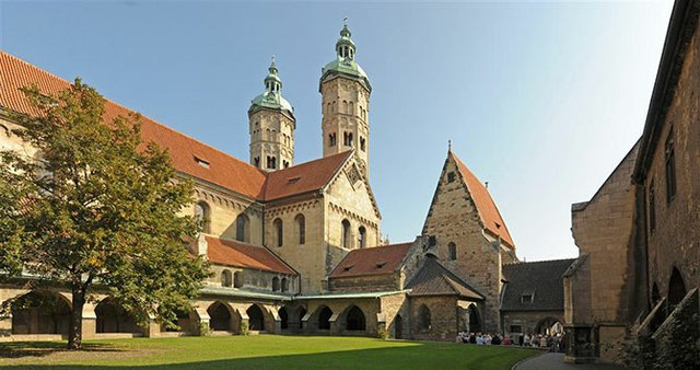Dom Naumburg