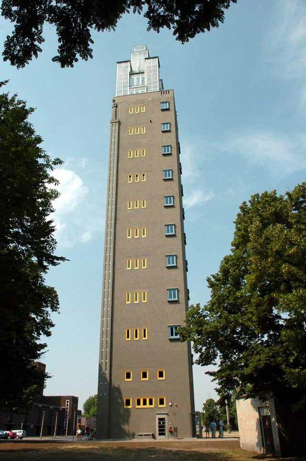 Albinmüller-Turm im Stadtpark Rotehorn