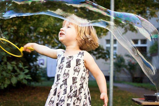 Riesenseifenblasen selber machen