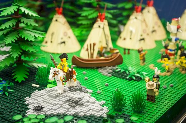 Indianerdorf mit lego