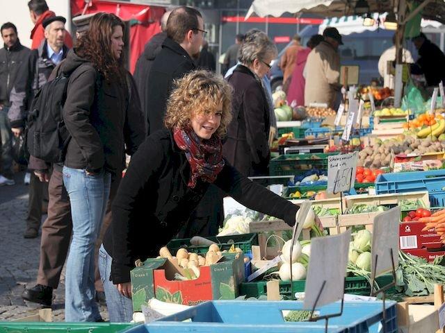 Besuch auf dem Wochenmarkt
