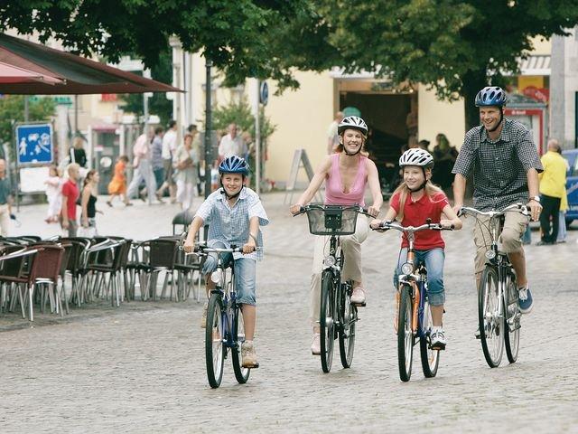 Familienausflug mit dem Rad