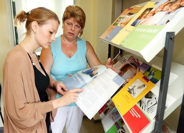 Annett Stephan von der Schwangerschafts- und Familienberatungsstelle hilft gern weiter.jpeg