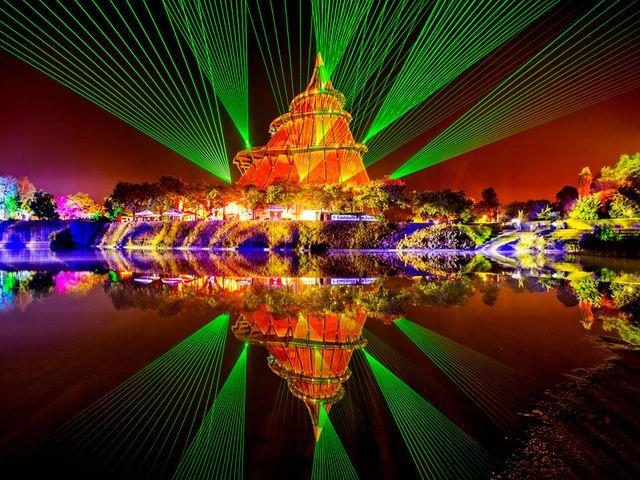 Lichtzauberfest am Jahrtausendturm
