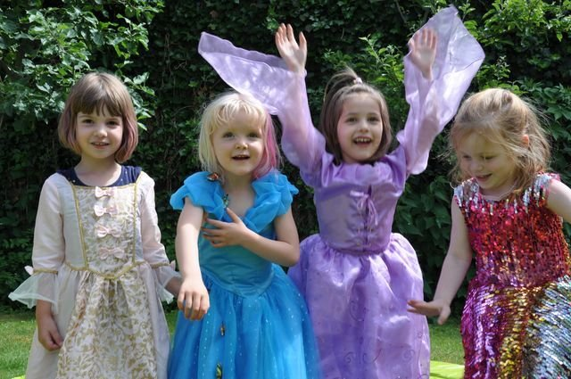 Mädchen-Sommerparty zum Kindergeburtstag