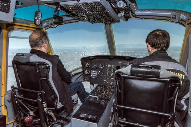 Flugsimulator eines Rettungshubschraubers im Luftfahrtmuseum Wernigerode