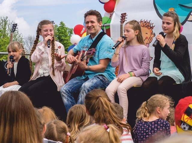 Liedrspaß für Kinder mit Roger Altenburg