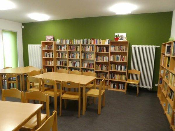 Bücherecke im Stadtteiltreff OASE