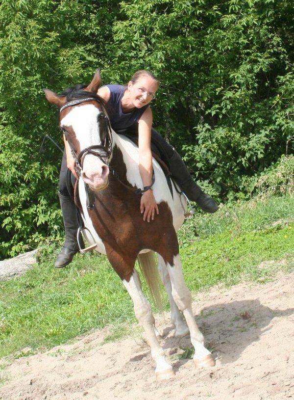 Yvonne Nelkowski mit Pferd