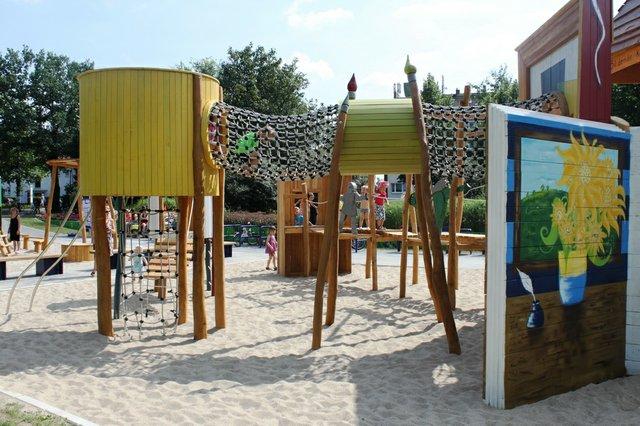 Künstler-Spielplatz am Pechauer Platz