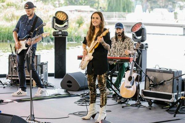 Live-Konzerte an der Wasserbühne am Porsche Pavillon